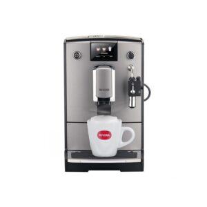 Die Nivona NICR 675 ist eine vollautomatisierte Kaffeemaschine aus der 6er-Baureihe.
